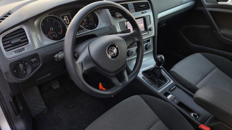 Volkswagen Golf VII 1.6 TDI BlueMotion 2013